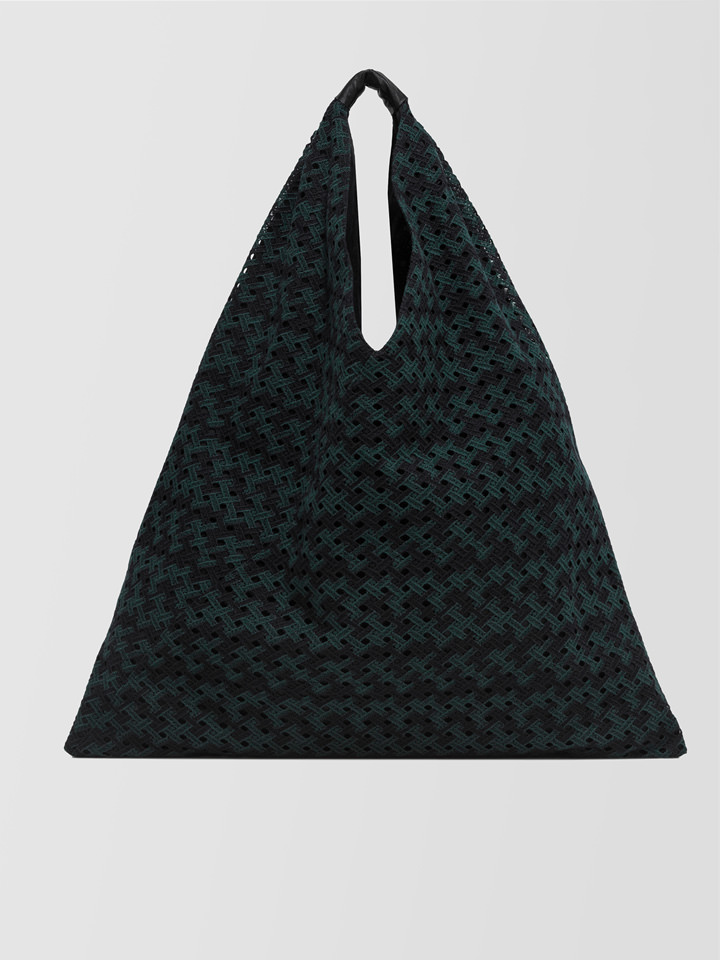 ALPHA STUDIO: MACRAME TRIANGLE BAG