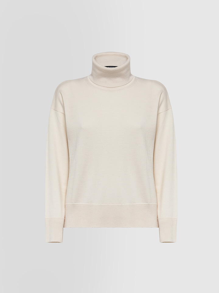 ALPHA STUDIO: DELUXE TURTLE NECK SWEATER IN MERINO WOOL
