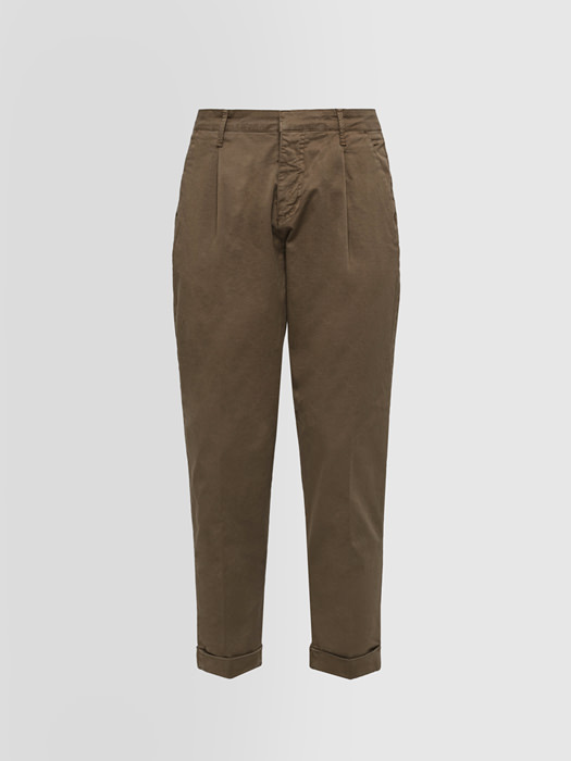 ALPHA STUDIO: DARTED PANTS IN COTTON