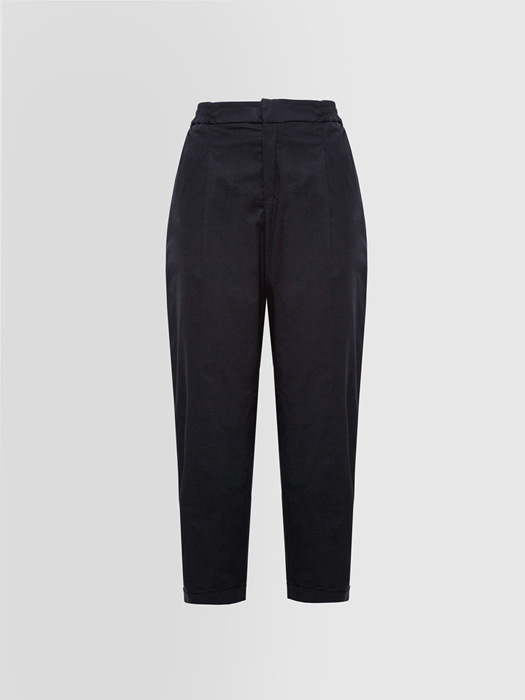 ALPHA STUDIO DARTED PANTS IN TECH COTTON